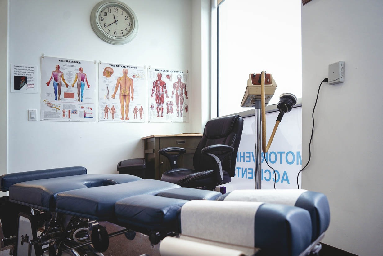 Chiropractic Care Room | NE Calgary Physiotherapist | Max Physiotherapy